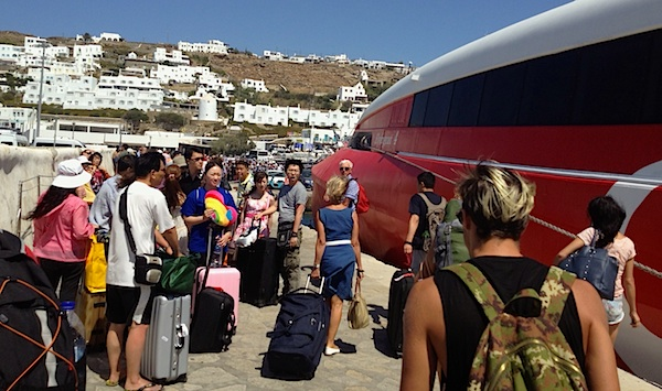 Greek tourism change of nationalities