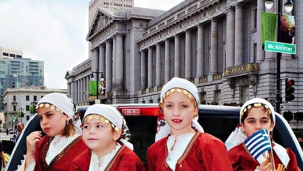 Greek_kids_independence_day