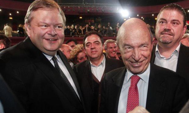 PASOK leader Evangelos Venizelos (L) with former Premier Costas Simitis