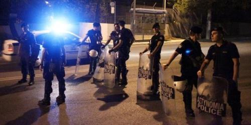 greece-police-migrants 19.12.13