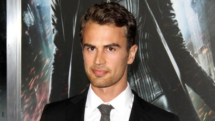 Is theo james who Divergent Star