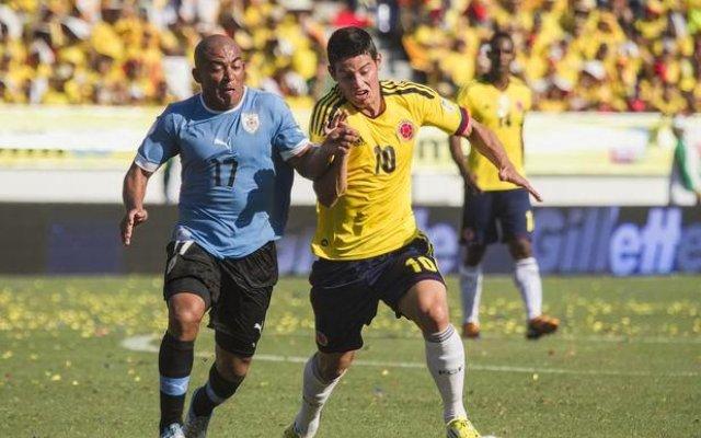 james_en_accion_colombia_vs_uruguay