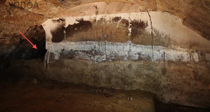 Amphipolis_tomb_loot
