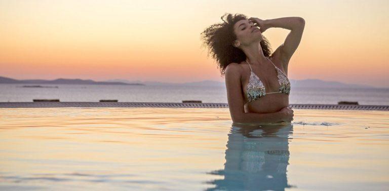 The 5 Most Luxurious Villas in Santorini and Mykonos: Greek Islands Dream Vacation