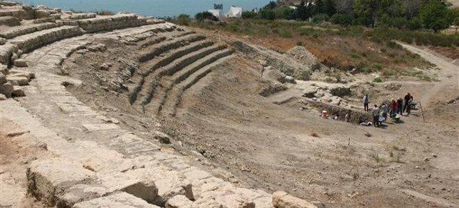 ancient-greek-theater-turkey