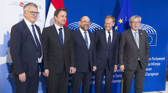 (l.t.r.) Nicolas Schmit, Minister of Labour, Employment and the Social and Solidarity Economy (Luxembourg) ; Xavier Bettel, Prime Minister (Luxembourg) ; Martin Schulz, President of the European Parliament ; Donald Tusk, President of the European Council ; Jean-Claude Juncker, President of the European Commission