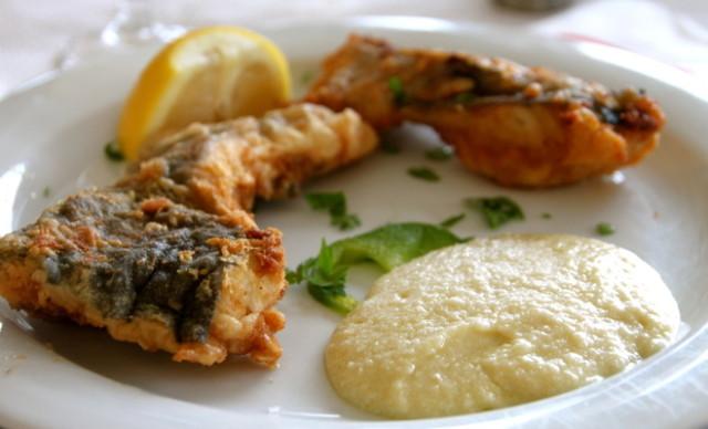 Greek Cod (Bakaliaros) With Garlic Sauce (Skordalia)