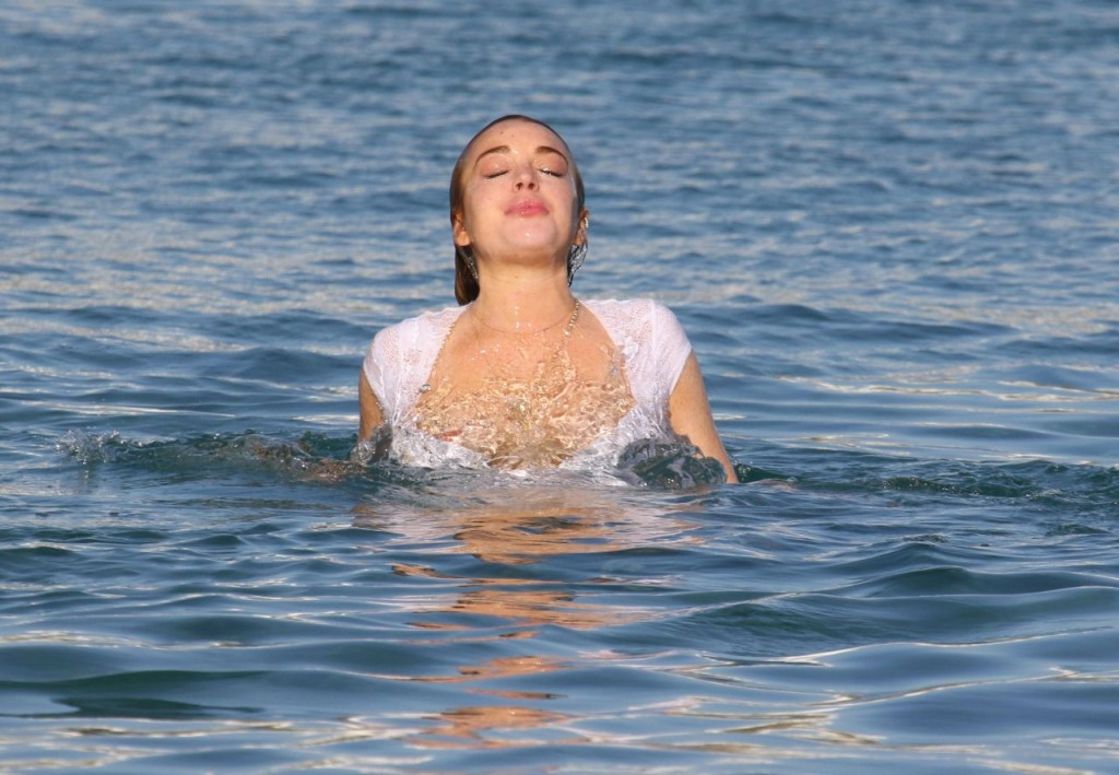Lindsay Lohan Mykonos