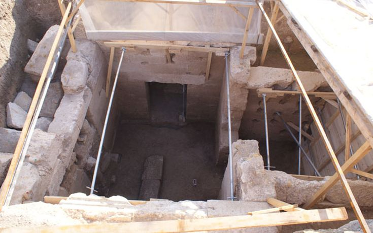 macedonian-tomb