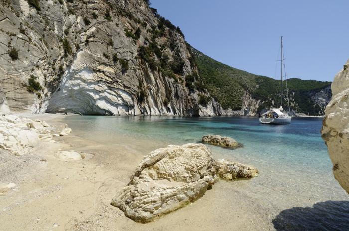 GRECIA - GREECE - Isole Ionie - Ionian Islans - Atokos - Cliff Bay