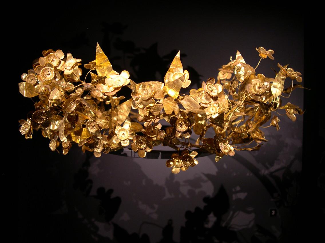 ancient greek crown