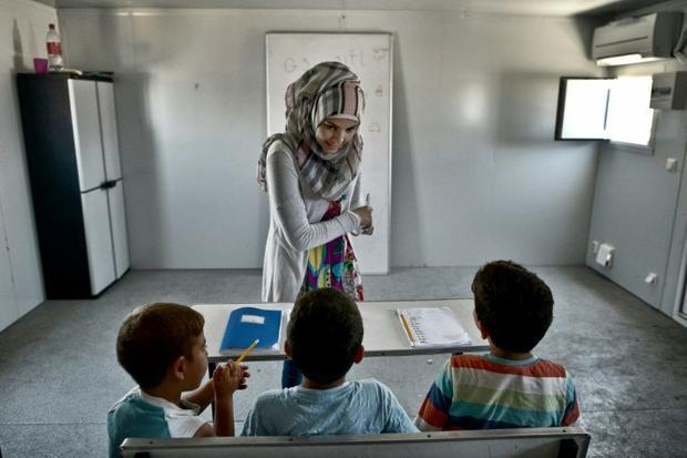 refugee children classroom