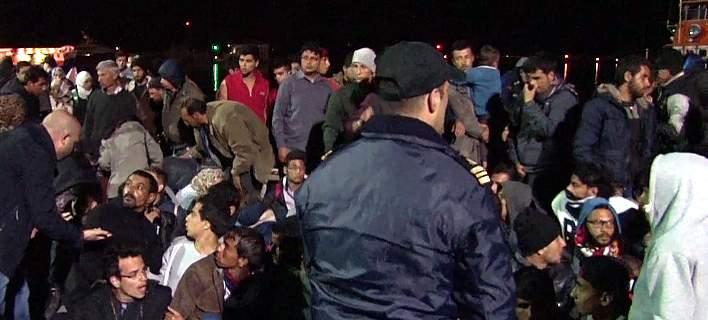 police-migrants