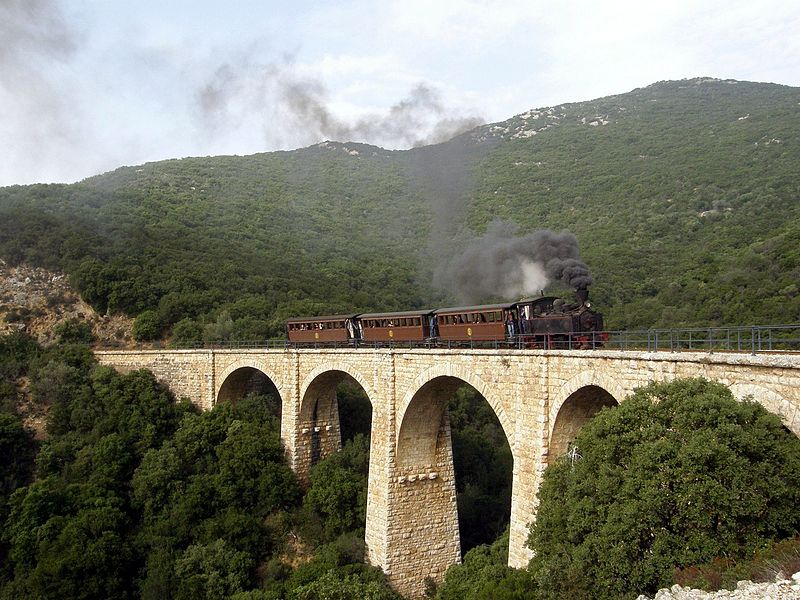 Pelion's train to get to families destinations
