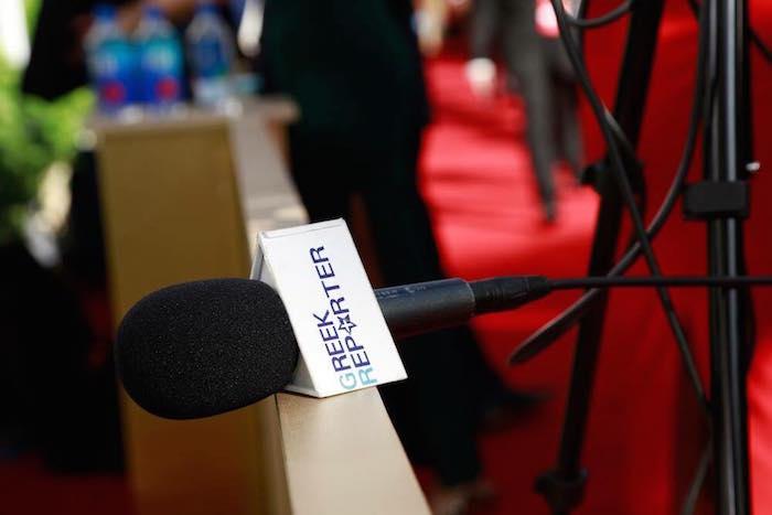 Greek Reporter Mic
