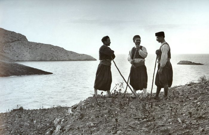 The Swiss philhellene Frédéric Boissonnas was the first foreign photographer who extensively toured Greece for about thirty years in order to photograph the landscapes and people of the country.