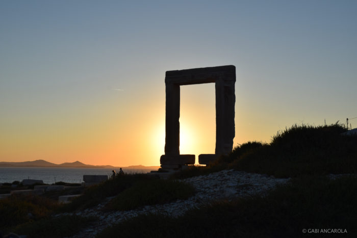 Portara, Naxos (Courtesy of Gabi Ancarola).
