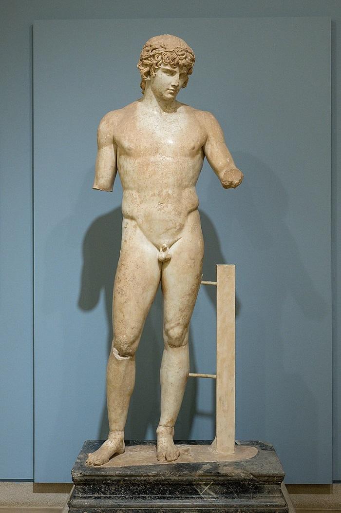 Αntinous Delphi