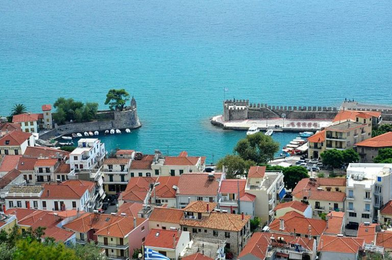 Exploring Nafpaktos' Venetian Port and Fortress Transports You to Another Time