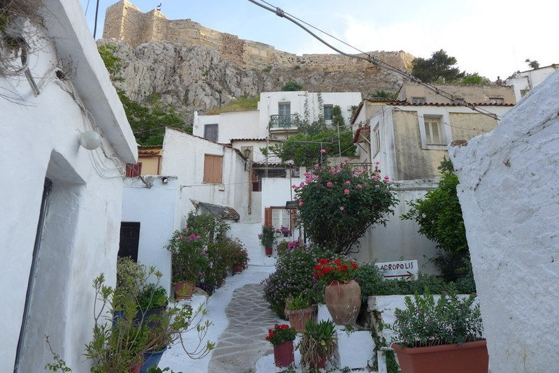 Anafiotika Acropolis in Plaka District