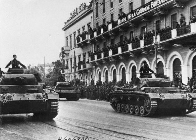 Germany attacks Greece