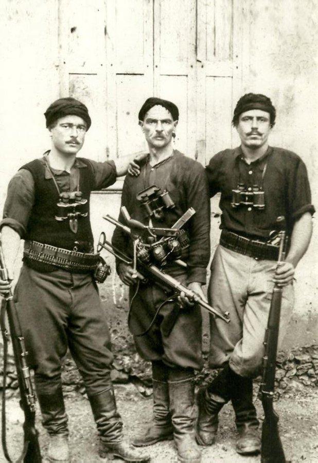 resistance Crete