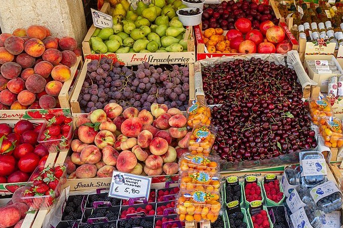 Greece fruits