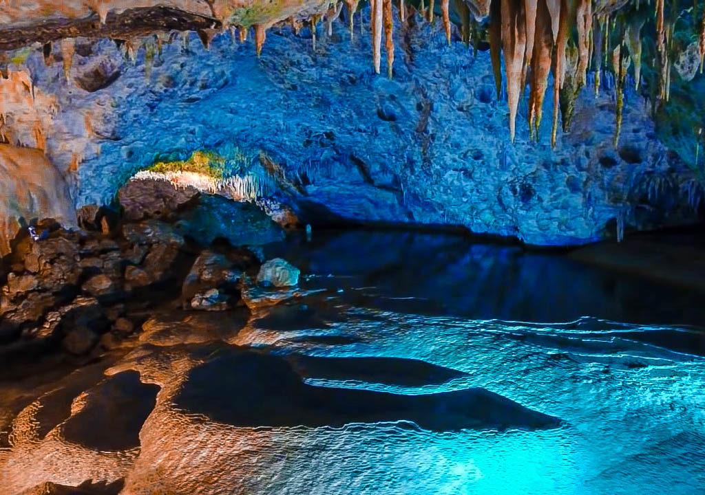 Cave of Anemotripa in Tzoumerka
