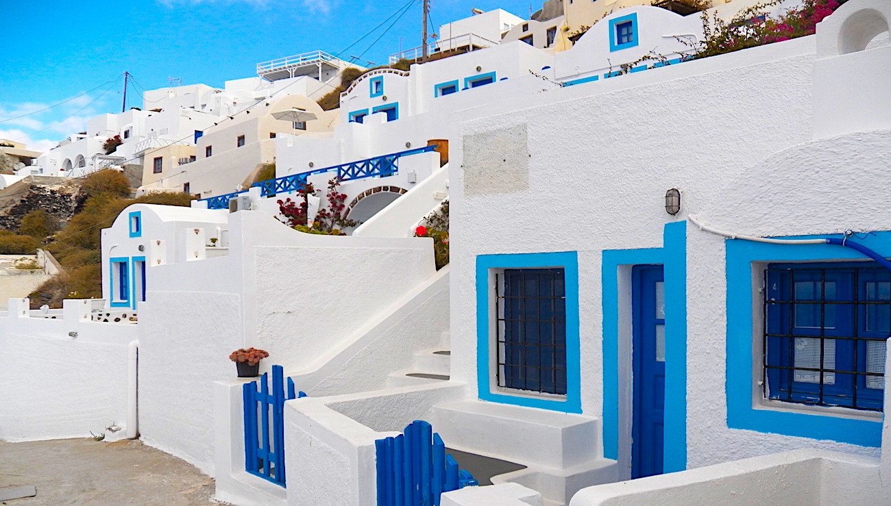 Why Greek Island Houses Are Blue and White
