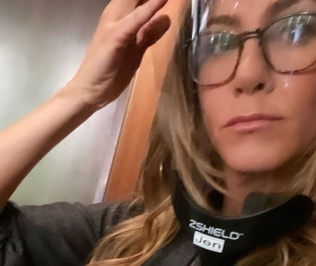 Jennifer Aniston face shield