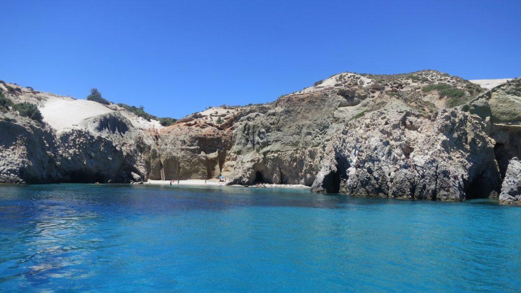Η Ελλάδα επικονίασε τους τουρίστες