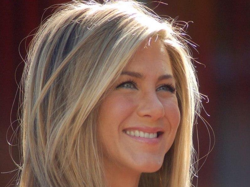 Jennifer Aniston Greek Friends reunion