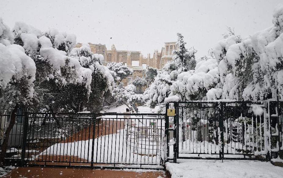 acropolis snowy