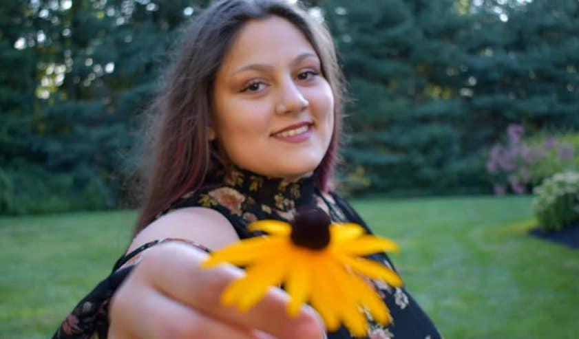 Greek American singer Zoe Behrakis