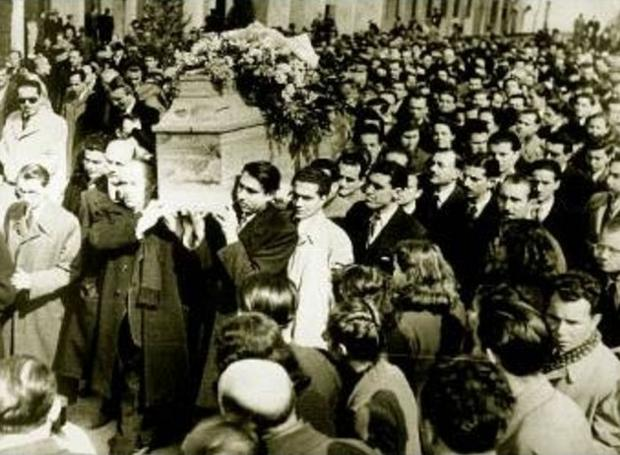 The Day When Greeks Defied the Nazis to Attend Great Poet Palamas' Funeral