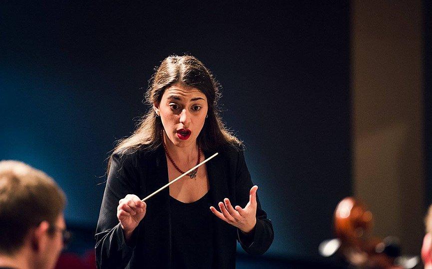 Female symphony conductor