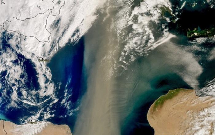 Greece dust cloud