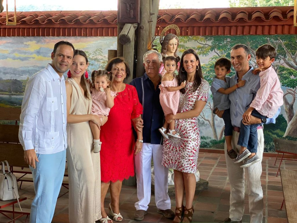 Voidonikolas Family