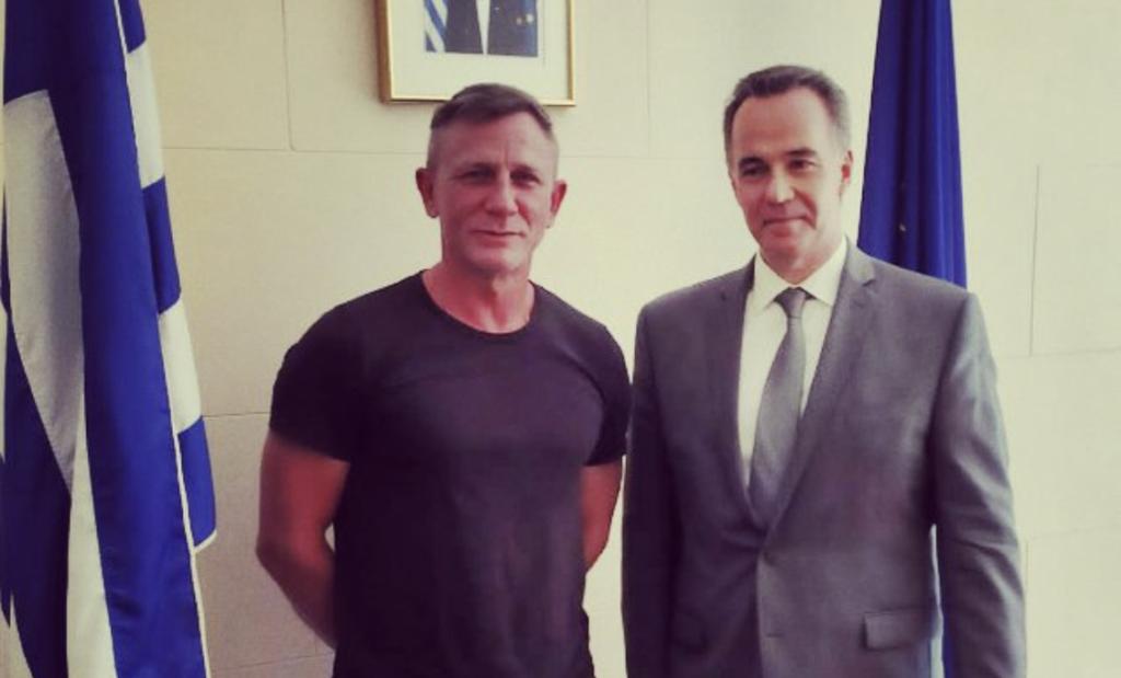 Daniel Craig Greek