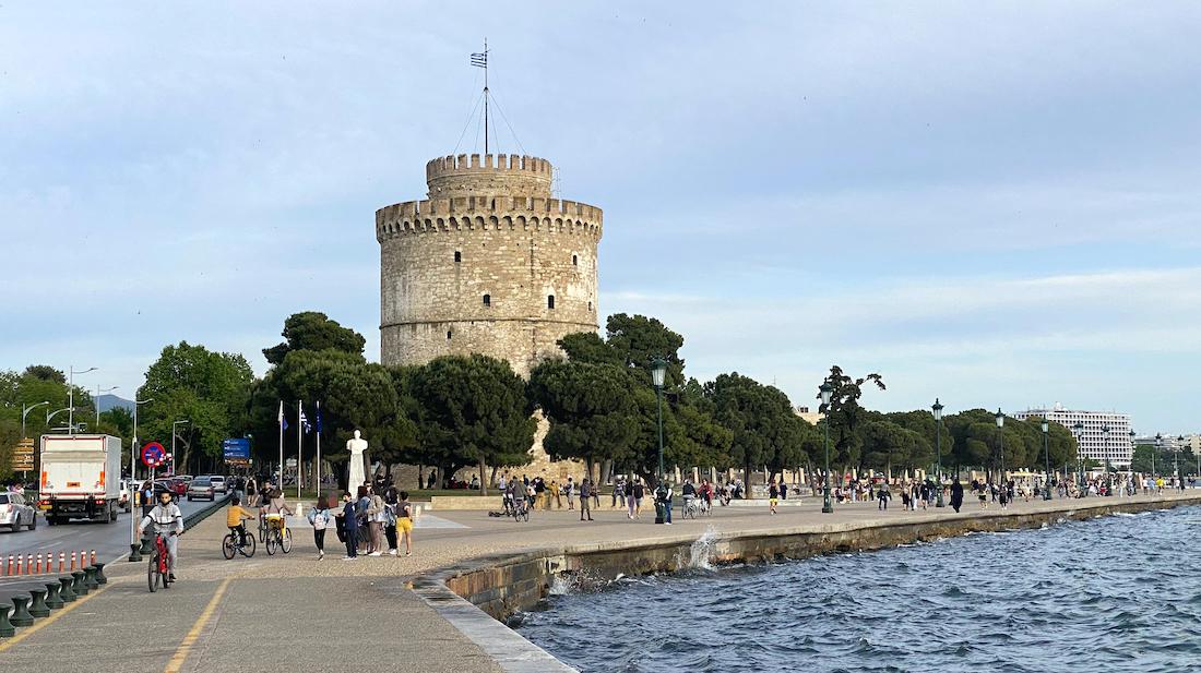 Ο Λευκός Πύργος στη Θεσσαλονίκη, ηπειρωτική Ελλάδα
