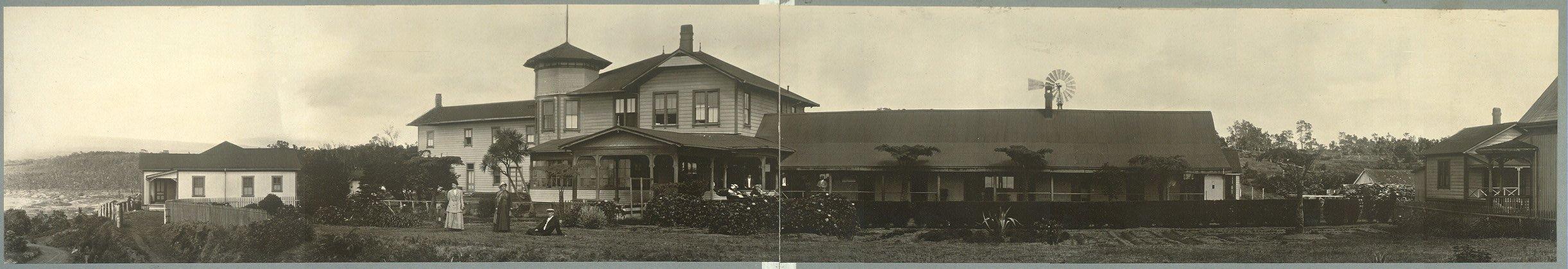 George Lycurgus Volcano House hotel