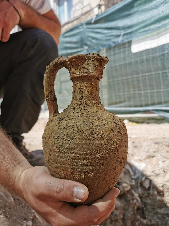 Amphora Hvar