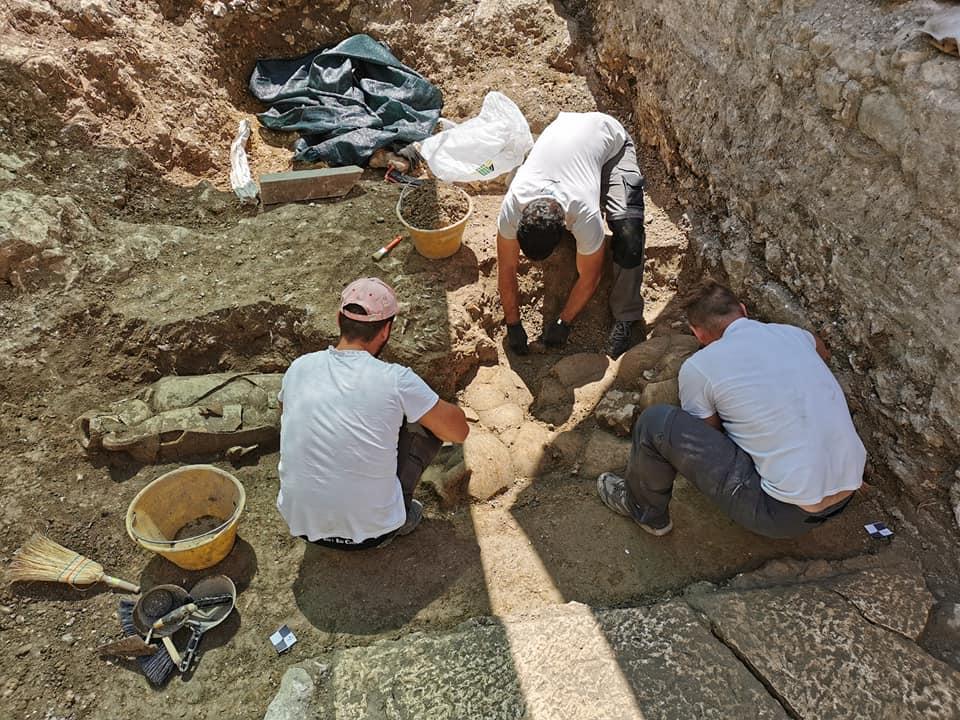 Funeral excavations in Hvar
