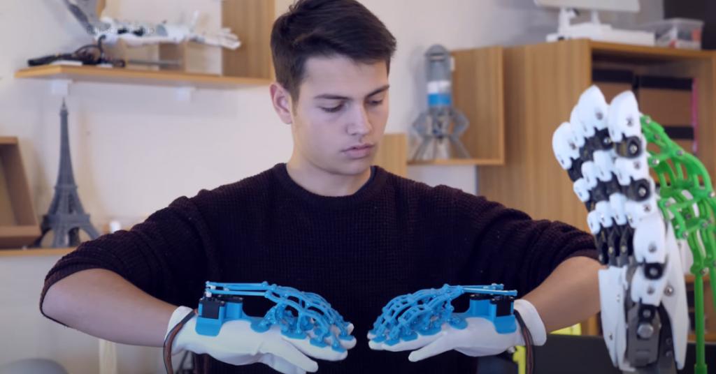Chatzis Braille training gloves
