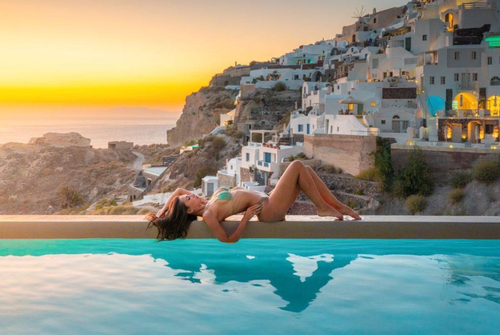 Santorini swimming pool