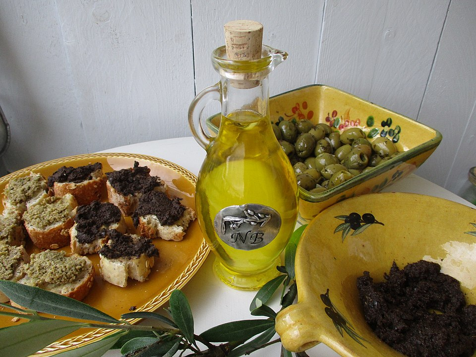 Greek olive oil Canada