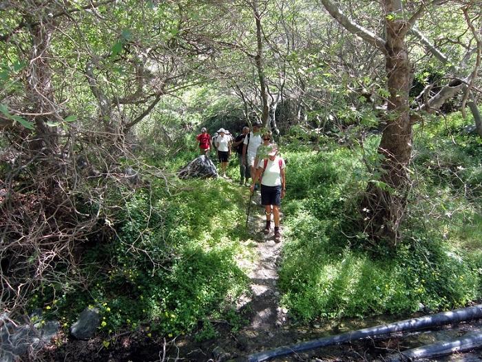 Richtis Gorge Crete hiking