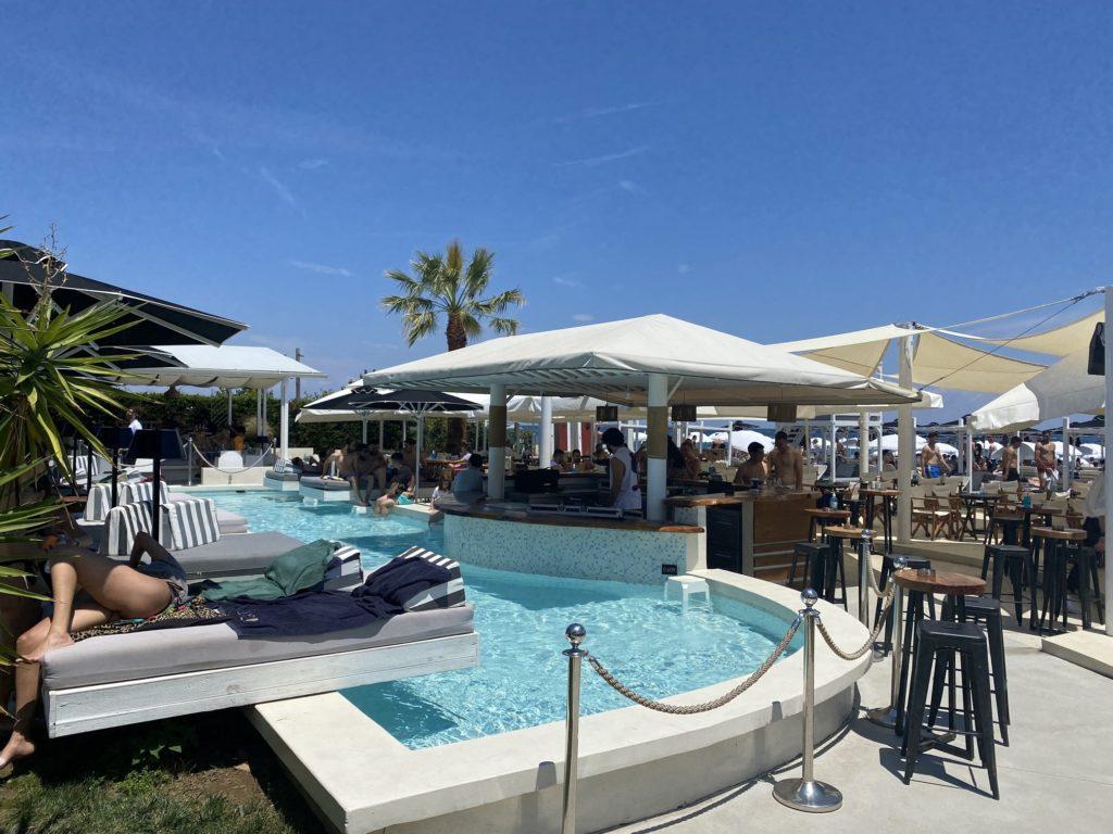 beach bars cafes Greece