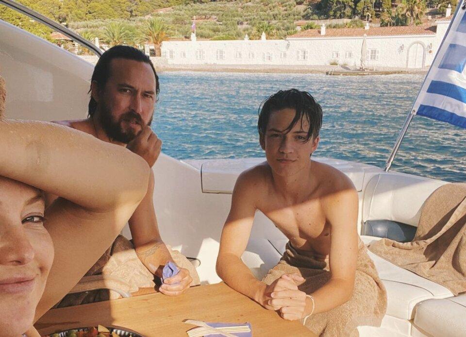 Kate hudson nafplio greece celebrities