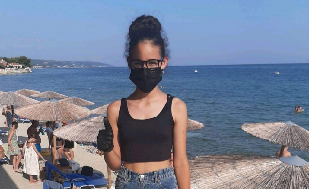 Greek girl hero first aid kids save lives